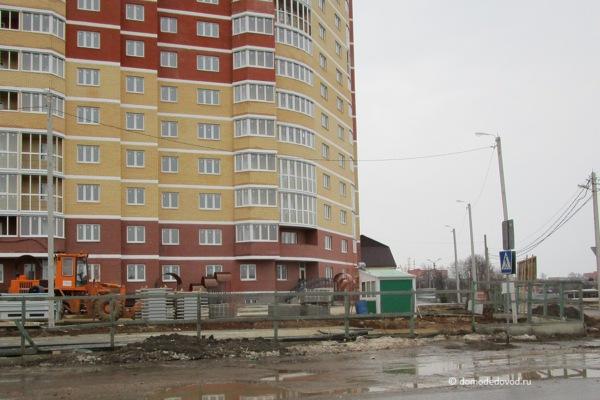 "Новостройки ""Гюнай"" на улице Кирова. Март 2017"