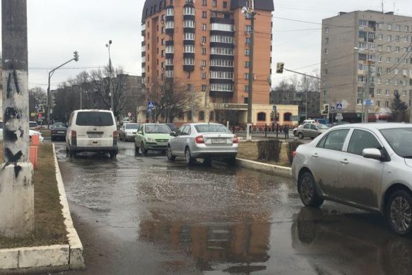 Госадмтехнадзор борется с лужами в Домодедово