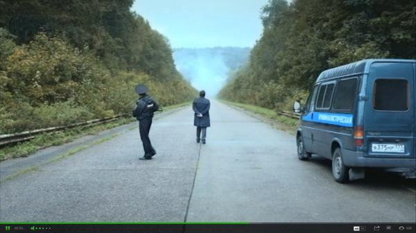 Кадр из сериала «Трасса смерти»