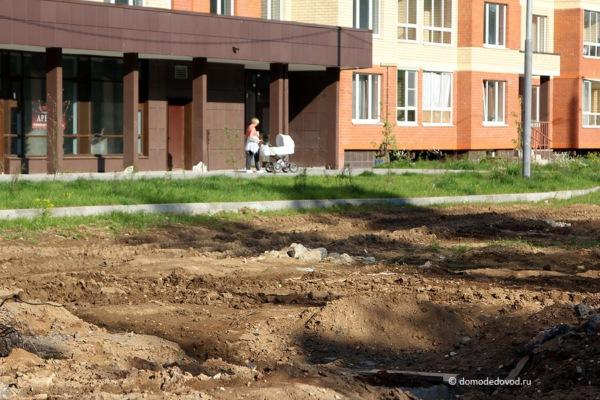 Улица Лунная. Строительство дороги под видом ремонта (5)