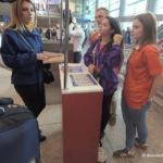 В аэропорту Домодедово открылись пункты техподдержки паспортов болельщика