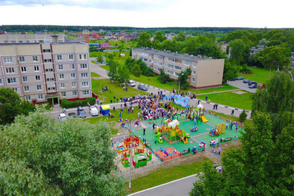 Детскую площадку открыли в селе Вельяминово