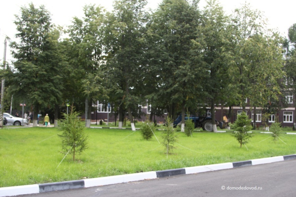 Благоустройство в центре микрорайона Авиационный (8)