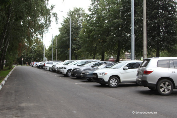 Благоустройство в центре микрорайона Авиационный (6)