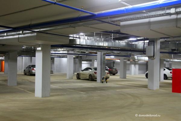Подземный паркинг в ЖК «Лунный»