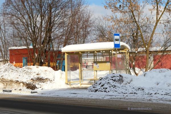 Автобусная остановка на улице Корнеева