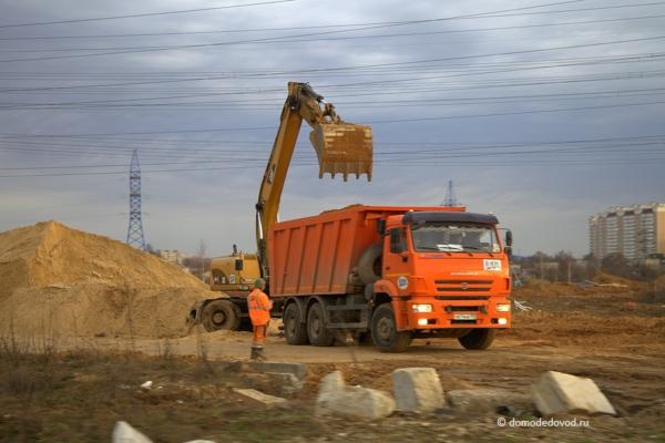 Строительство эстакады у «Карусели»