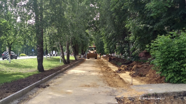 Строительство тротуара с велодорожкой на улице Советской