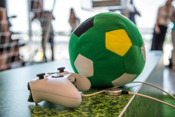 Футбол в аэропорту Домодедово
