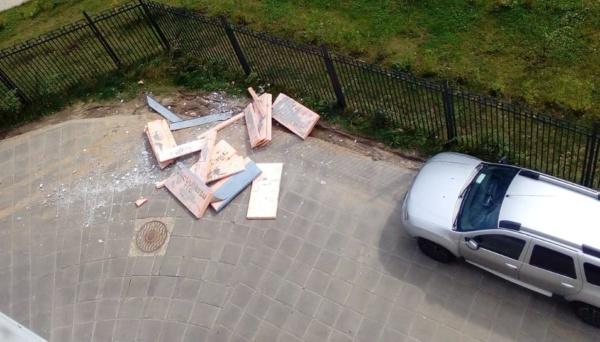 Новое Домодедово: опасные фасады
