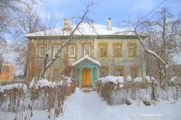 Старый дом на ул. Текстильщиков в Домодедово