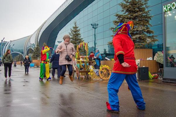 Масленица в аэропорту Домодедово