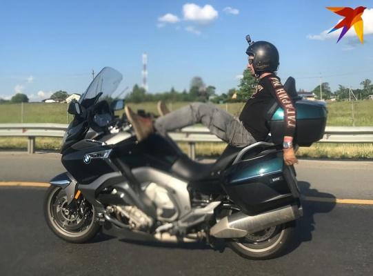 Водитель мотоцикла