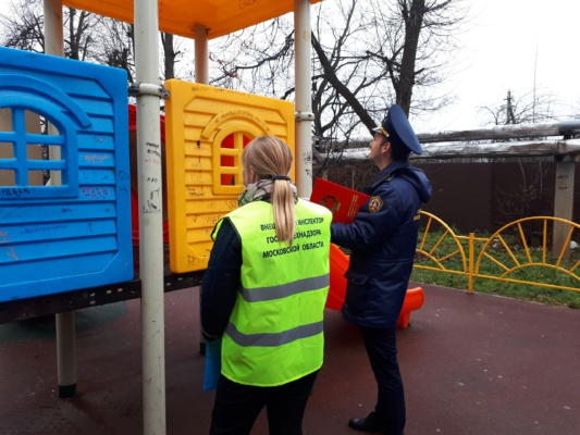 Состояние детских площадок на контроле Госадмтехнадзора