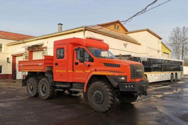 Тягач-буксира «Чайка-Сервис» 2784U3 на базе автомобиля «Урал-Некст»