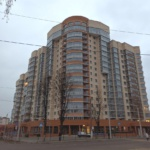 Многоэтажный дом на улице Гагарина