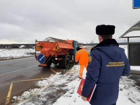Более 20 нарушений порядка зимней уборки устранено в Домодедове по требованию Госадмтехнадзора