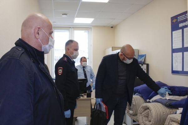 Общественники проверили помещения для содержания задержанных лиц УМВД России по городскому округу Домодедово