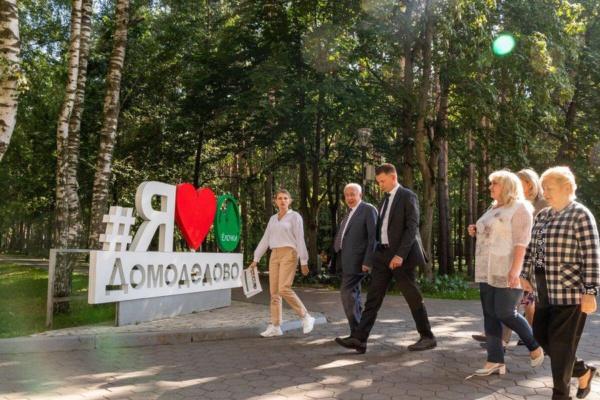Администрация проверила ход работ по набережной в Елочках