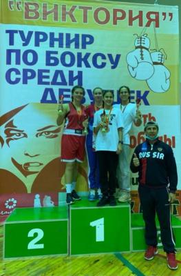 В соревнованиях по боксу спортсменки из Домодедово заняли 1 место