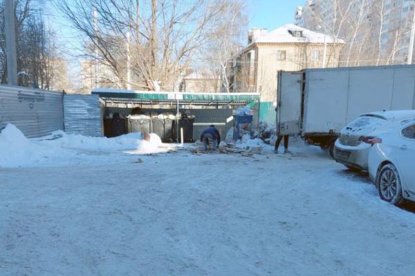 Сброс мусора на Гагарина