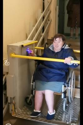 В Домодедово оказана помощь инвалидам-колясочникам