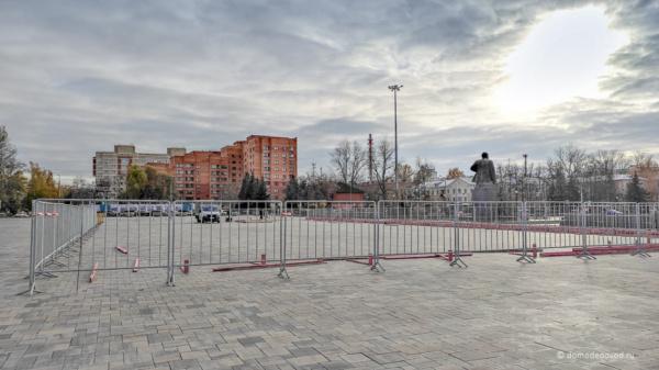 Строительство ледового катка на площади